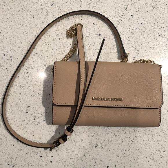 Michael Kors Handbags - Michael Kors Wallet on Chain